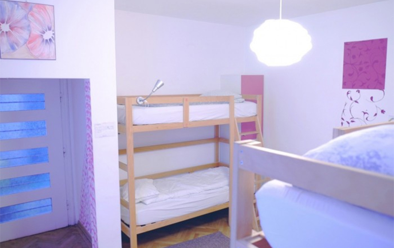 4 Beds Mixed Dormitory